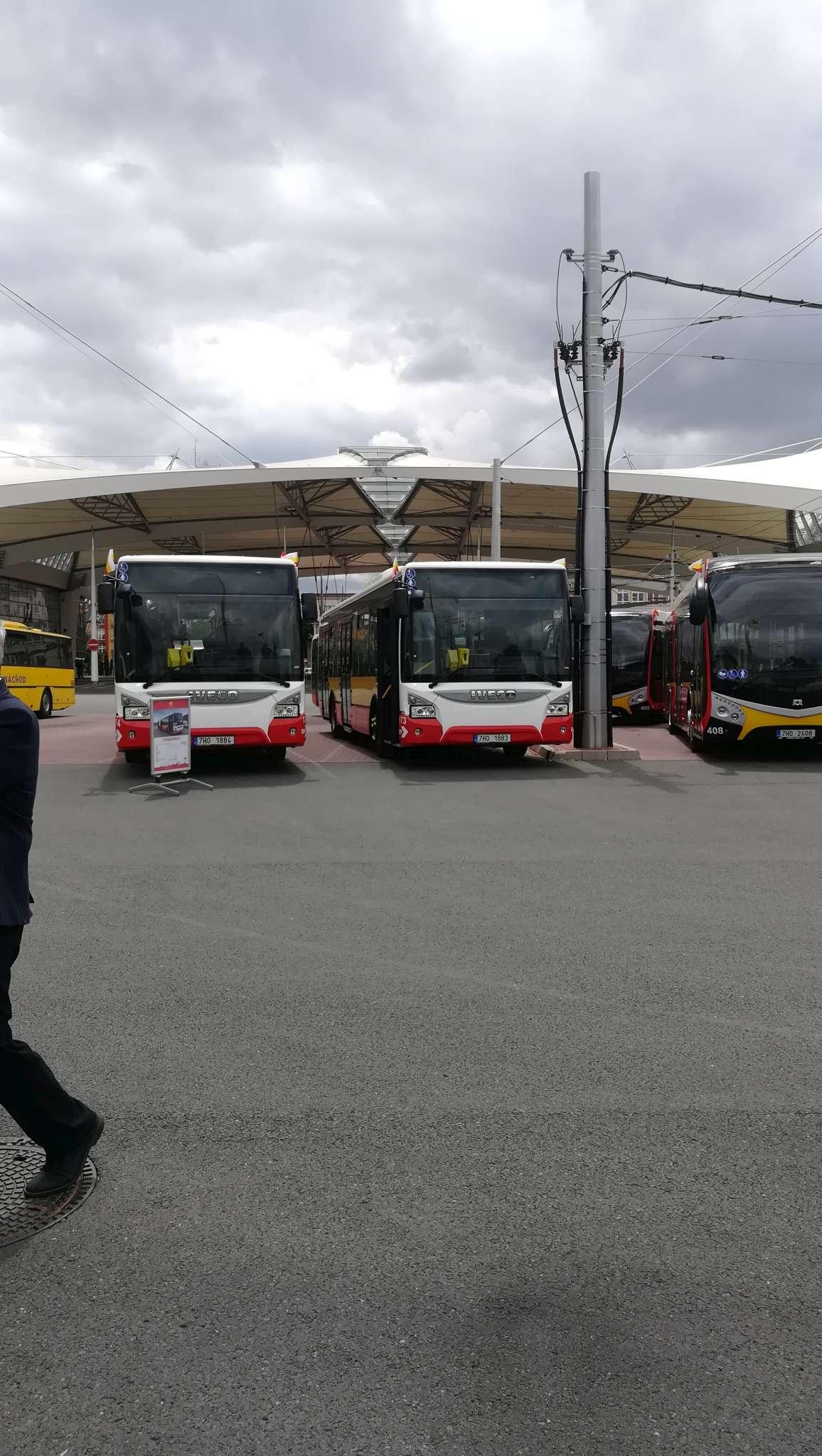 nove-vozy-dpmhk-hradec-kralove-elektrobus-sor-urbanway-iveco-13