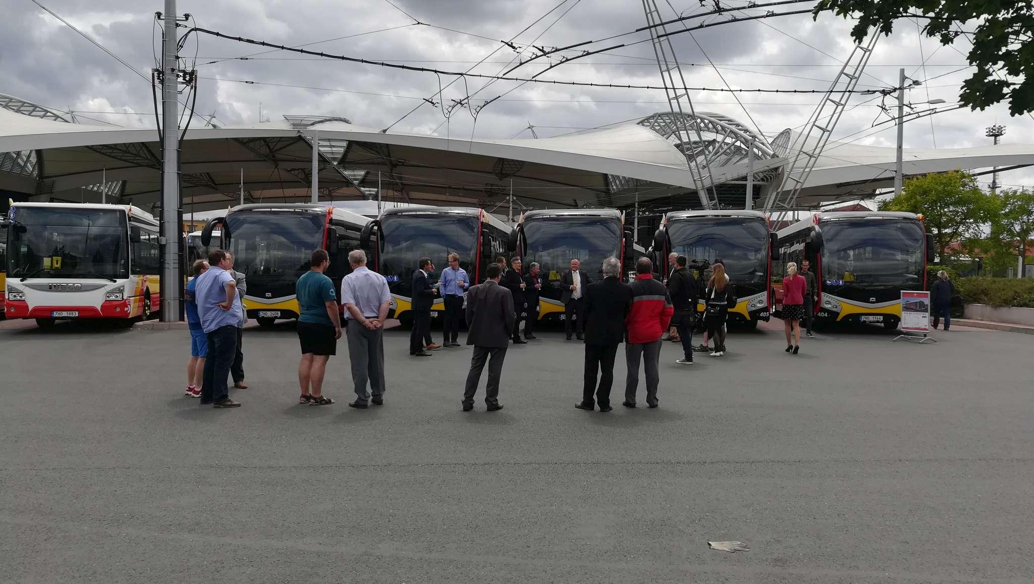 nove-vozy-dpmhk-hradec-kralove-elektrobus-sor-urbanway-iveco-3