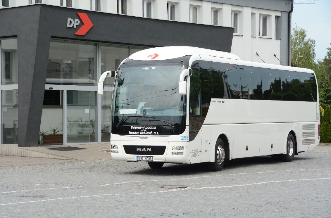 split-dopravni-podnik-mesta-hradce-kralove-zajezdova-doprava-autobus