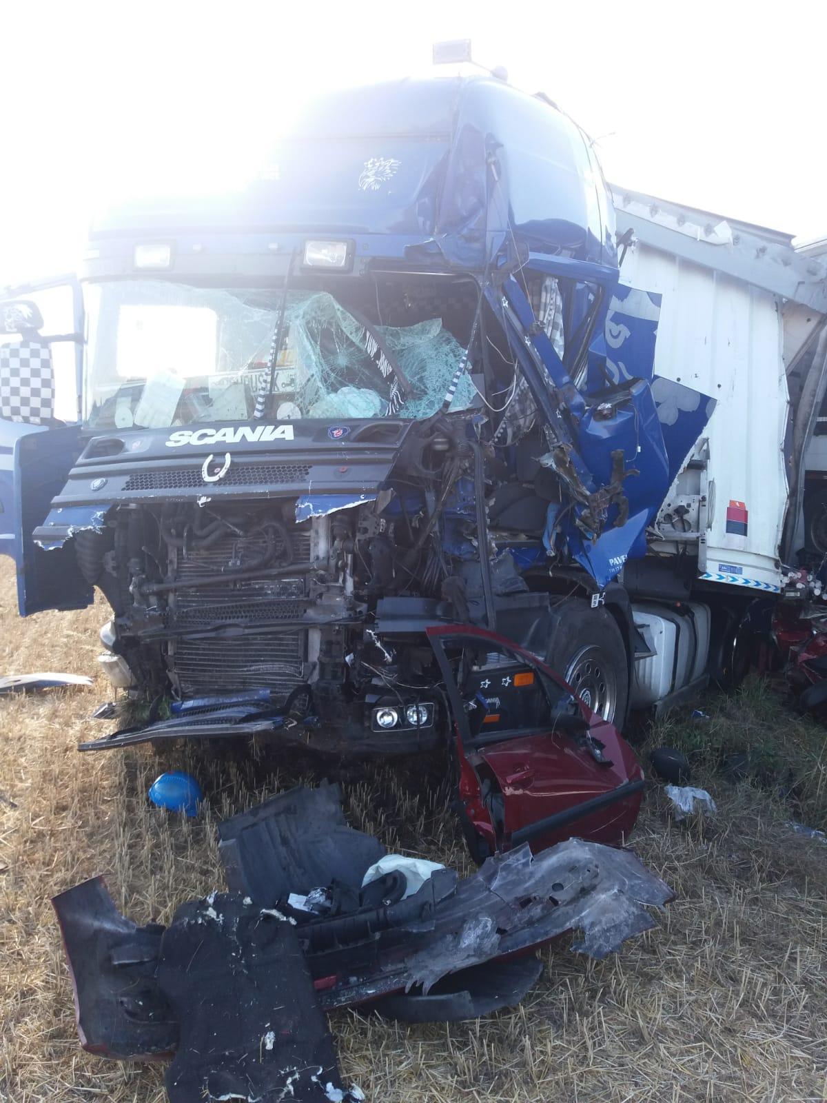 dopravni-nehoda-libcany-3