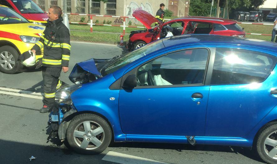 dopravni-nehoda-resslova-hradec-kralove-1