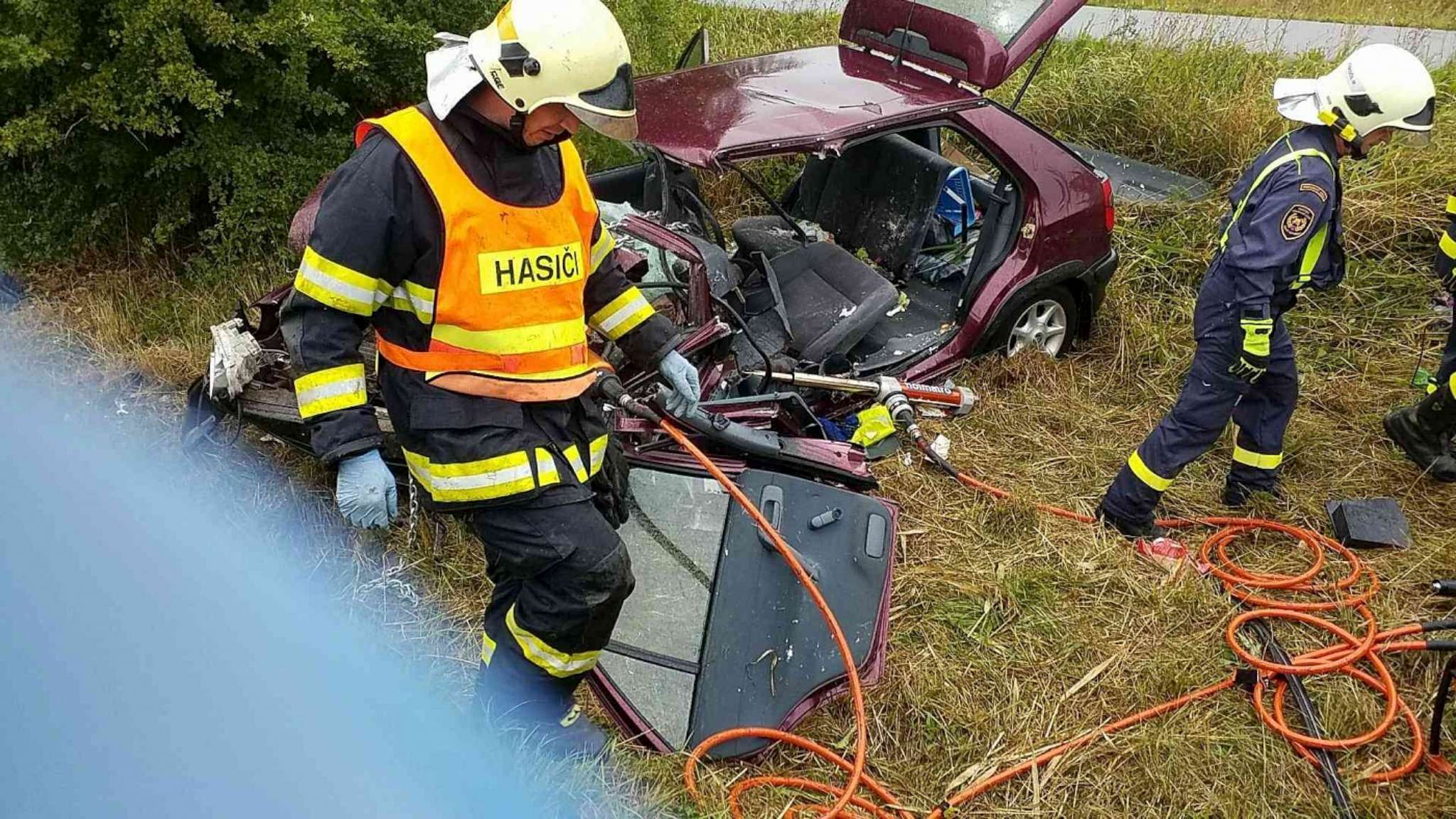 dopravni-nehoda-rudoltice-2-2048