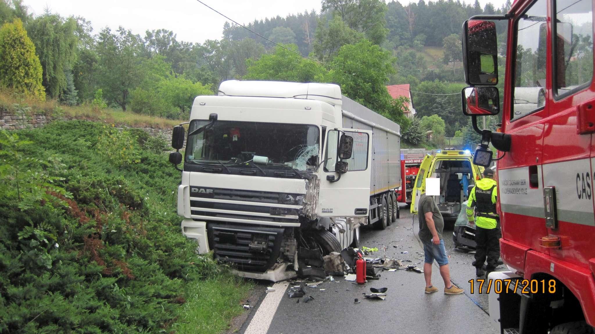 dopravni-nehoda-spy-1-2048
