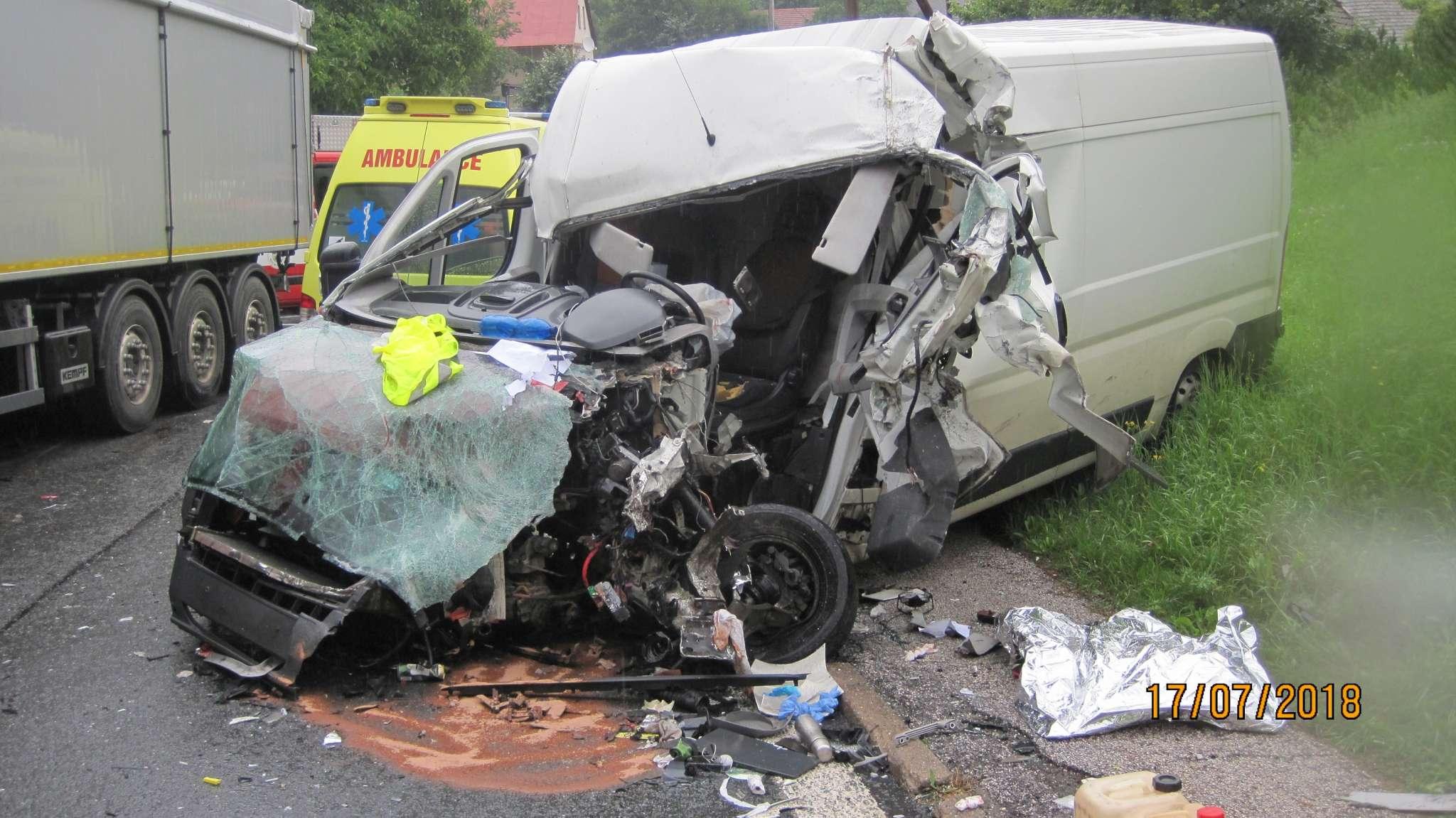 dopravni-nehoda-spy-2048