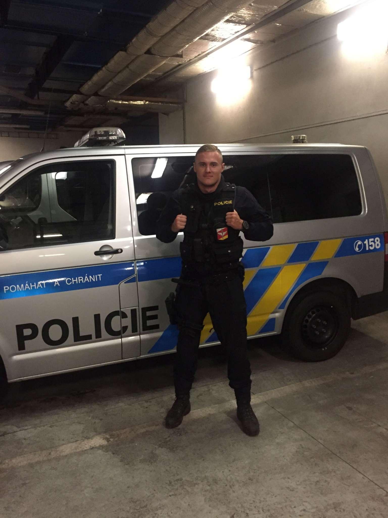 hradecky-policista-mistr-evropy-2048