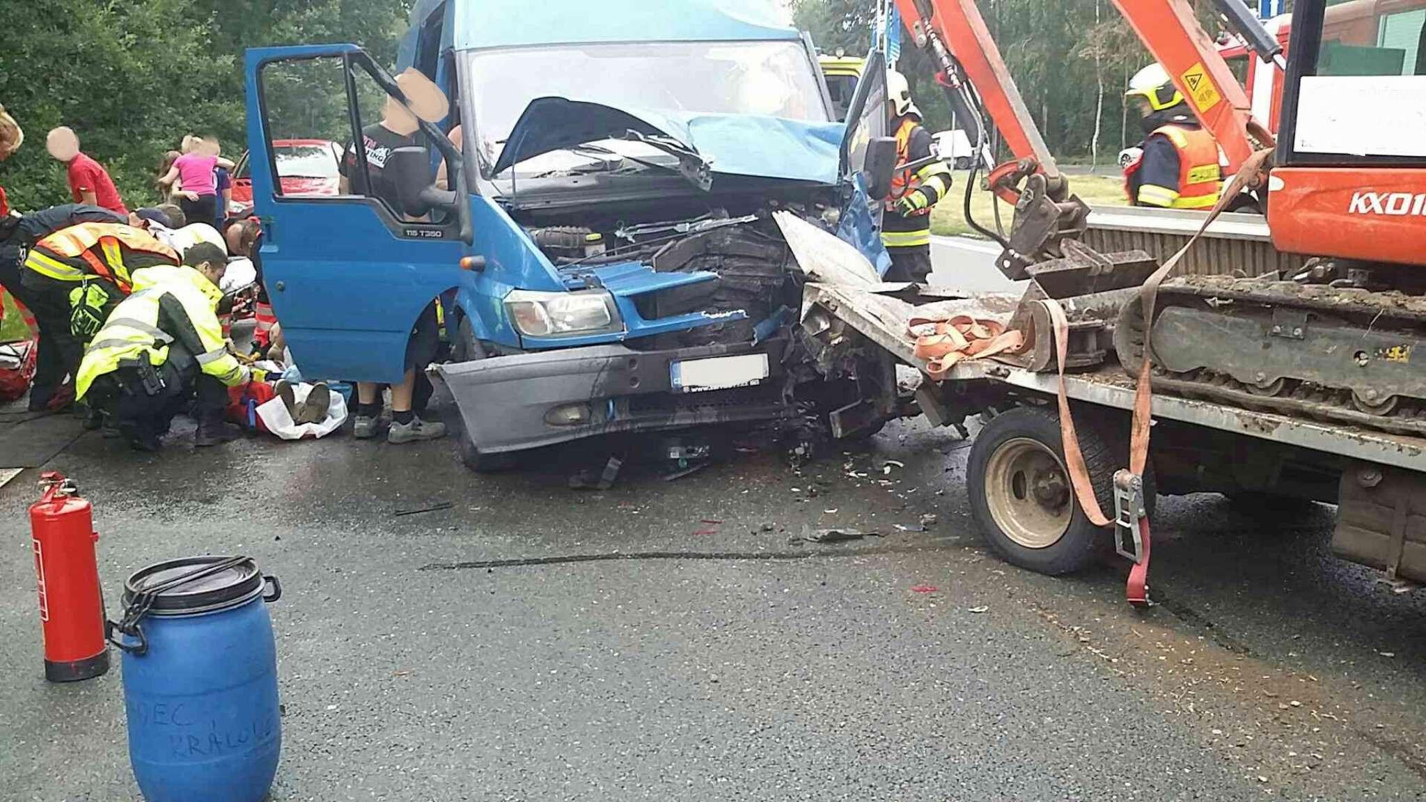 nehoda-lazne-bohdanec-1-2048
