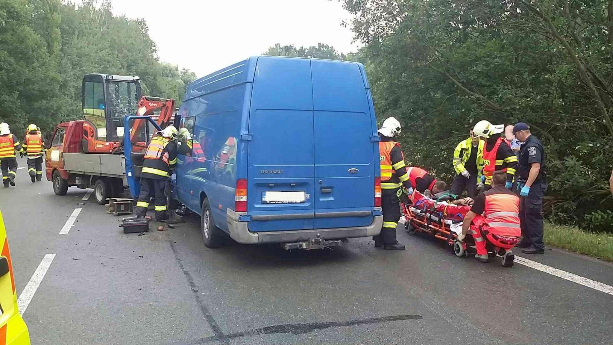 nehoda-lazne-bohdanec-3-2048