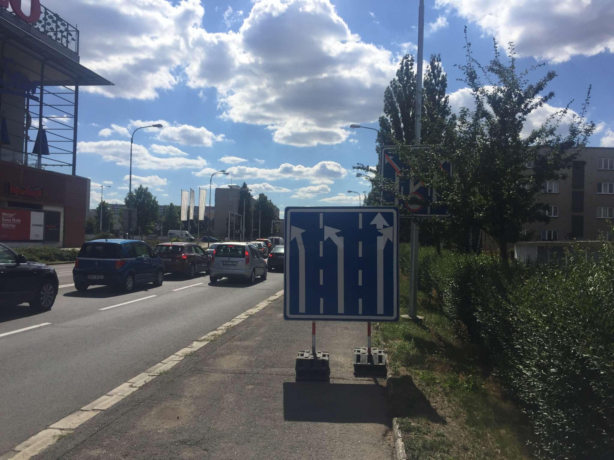 Oprava okružní křižovatky Brněnská - pondělí 2. července 2018 - Křižovatka U Futura