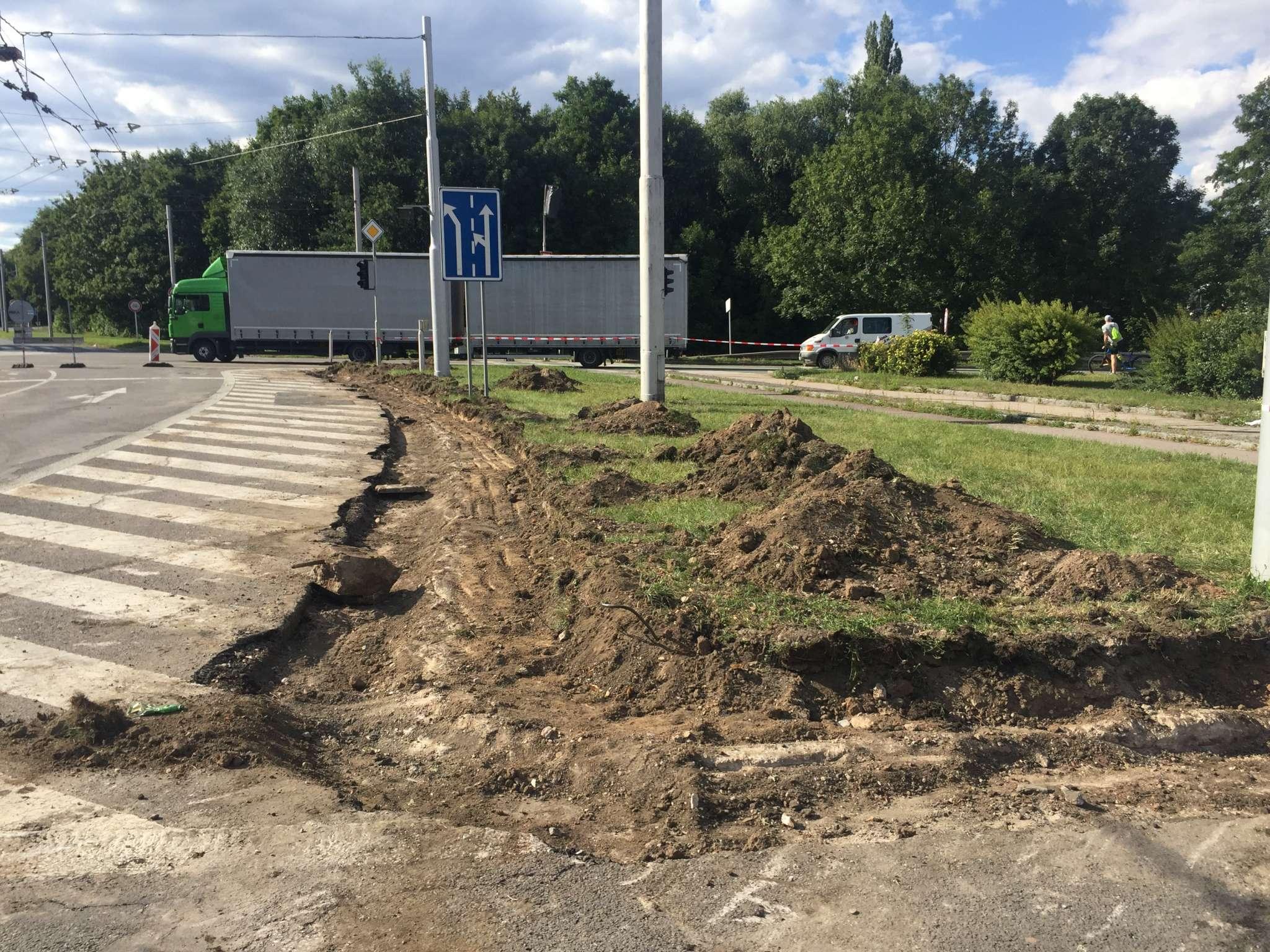 Oprava okružní křižovatky Brněnská - pondělí 2. července 2018