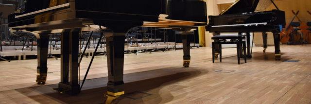Hradecká filharmonie dostane nový klavír, kraj jej koupí napůl s městem