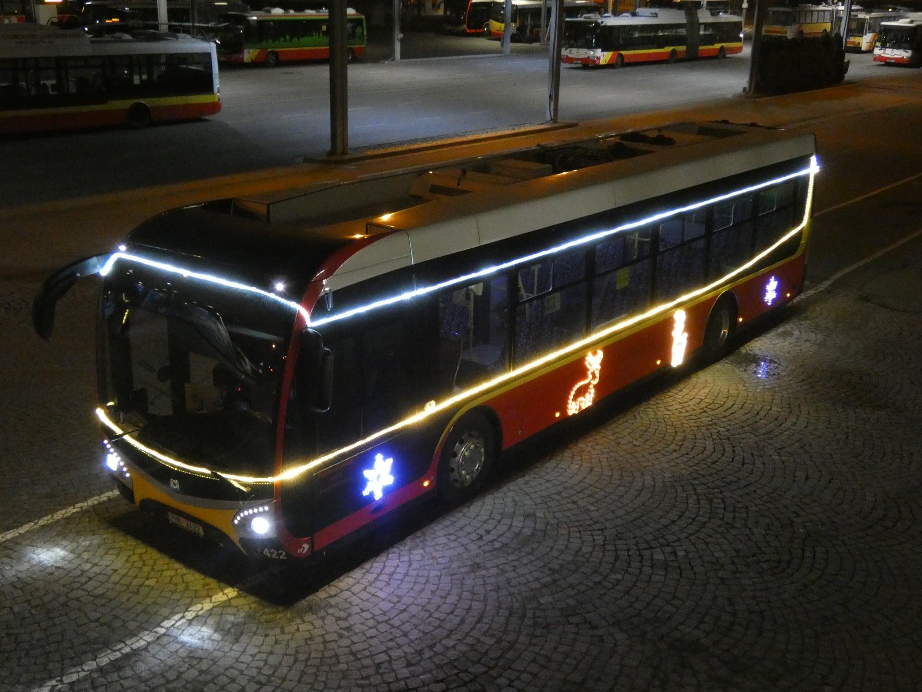 Vánoční elektrobus - SOR NS 12 - 422 - Hradec Králové (c) foto DPMHK